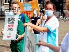 Reactie op bonus zorgpersoneel: 'Help eerst mensen die het nodig hebben voor levensonderhoud'