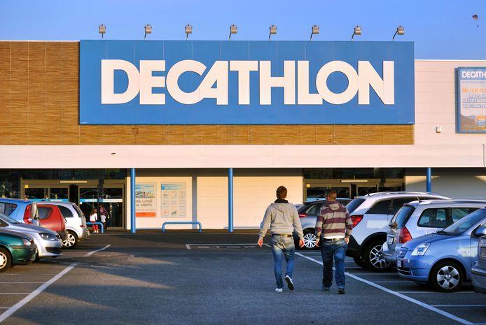 Een besluit over een vestiging van Decathlon in Schiedam laat op zich wachten.
