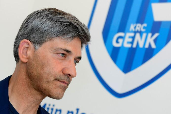 Felice Mazzu a officiellement été présenté comme nouvel entraîneur de Genk. Il succède à Philippe Clément et découvrira la Ligue des Champions avec le Racing.