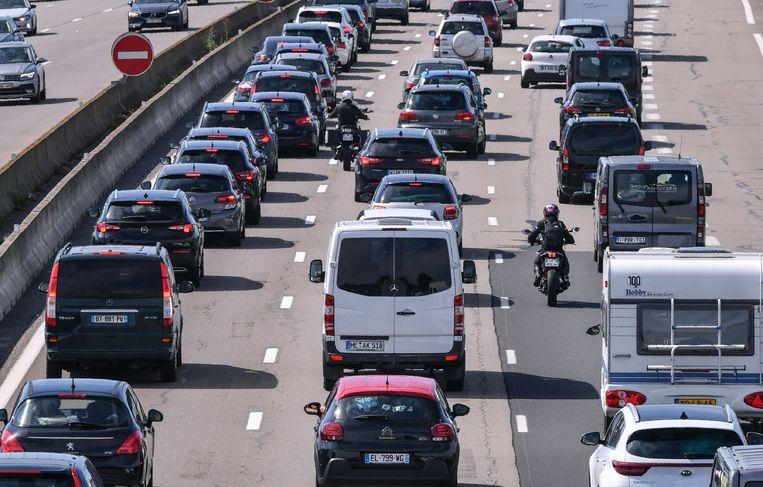 Druk vakantieverkeer op de Europese snelwegen.  Beeld AFP