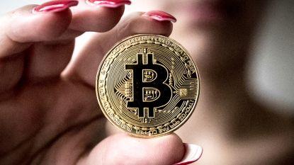 Bitcoin weer voorbij de 10.000 dollar, ook andere cryptomunten veren op