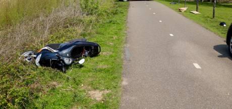 Bestuurder motorscooter rijdt voetganger aan in Katwijk, gaat ervandoor en laat voertuig achter