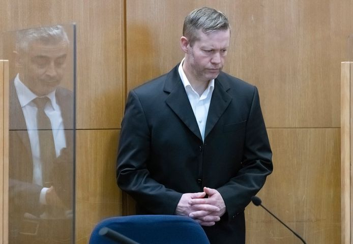Stephan Ernst in de rechtszaal in Frankfurt.
