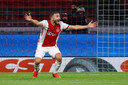 Ajacied Zakaria Labyad juicht in de Arena bij een goal in de doldwaze match tegen FC Utrecht