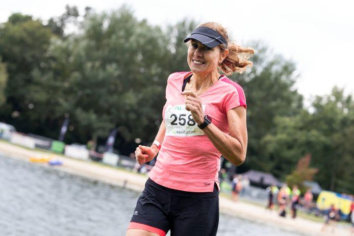 Helga Gerritsen voltooide de triatlon in iets minder dan 3,5 uur.