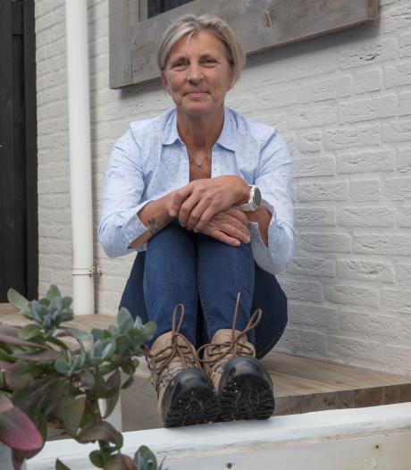 Jeanne van den Reek uit Helmond schenkt opbrengst sponsorloop tegen vulvakanker aan Catharina Ziekenhuis