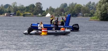 Zoekactie naar vermiste duiker in Vinkeveense Plassen gestaakt, man (66) uit Den Haag niet gevonden
