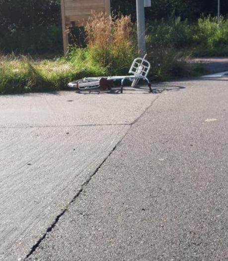 Meisje (14) zwaargewond na aanrijding, automobilist rijdt door