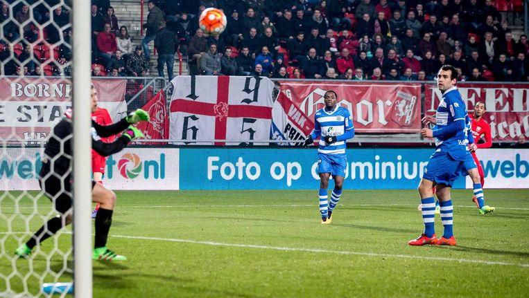 FC Twente-speler Jerson Cabral scoort de 2-1. Beeld anp