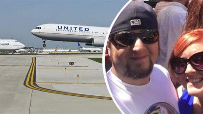United Airlines zet koppel dat gaat trouwen uit toestel