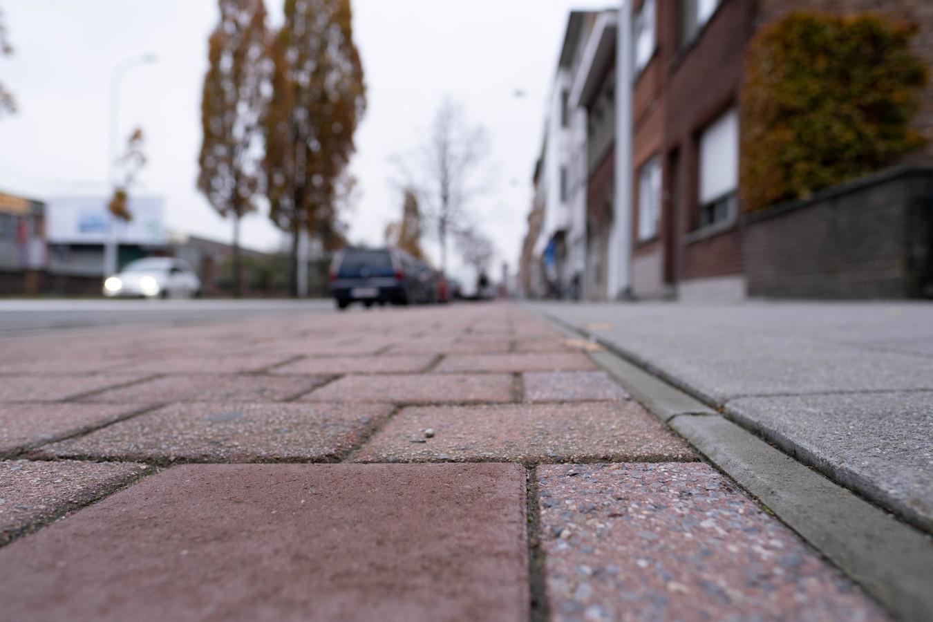 Het fietspad op de Leuvensesteenweg wordt vervangen door een asfaltlaag