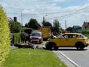 De motor en de wagen kwamen met elkaar in aanrijding in Deerlijk.