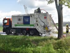 Brand in vuilniswagen in Hedel