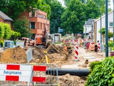 Bijna weer crossen door de Deurningerstraat in Hengelo: maar het werk is nog lang niet klaar