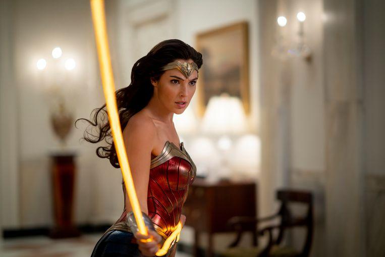 Gal Gadot in een scène van 'Wonder Woman 1984'.  Beeld AP