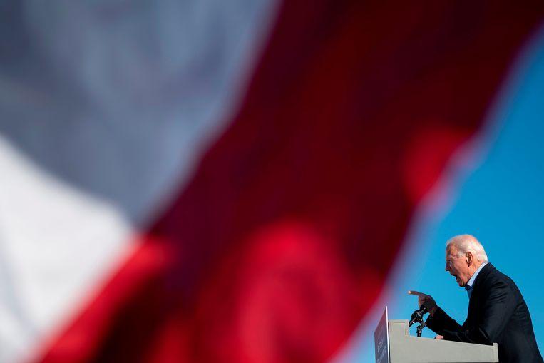 Biden speelt in op de onvrede onder Amerikanen over de aanpak van de pandemie: 'De eerste stap om het virus te verslaan, is door Donald Trump te verslaan'. Beeld AFP