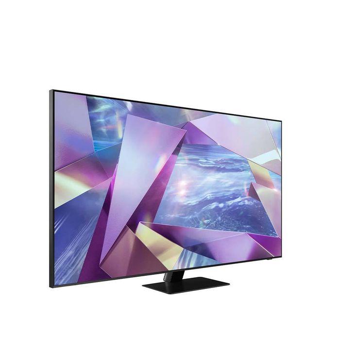 De Samsung QE55Q700T, aan iets meer dan 1.400 euro een van de betaalbare 8K-tv's.