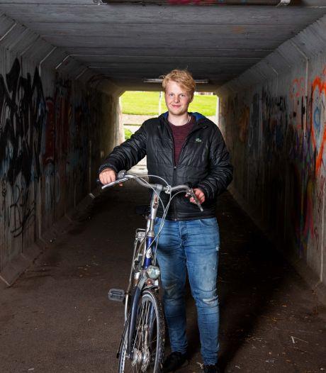 Ontwerp van Jeroen (19) moet verpauperde tunnel in Vollenhove opfleuren: 'Nu fiets je er het liefst met de ogen dicht door'