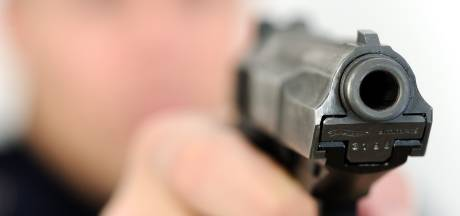 Wapenbezit onder Almelose scholieren lijkt laag: 'We hebben wel eens een klappertjespistool gevonden'