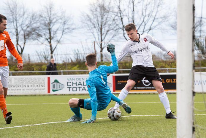 Gilze-aanvaller Willem van Eijck scoorde wederom voor zijn ploeg. Ditmaal was zijn treffer goed voor drie punten tegen Waspik. (archiefbeeld)
