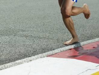 Het gevaar van rennen op blote voeten (en hoe dat te voorkomen)