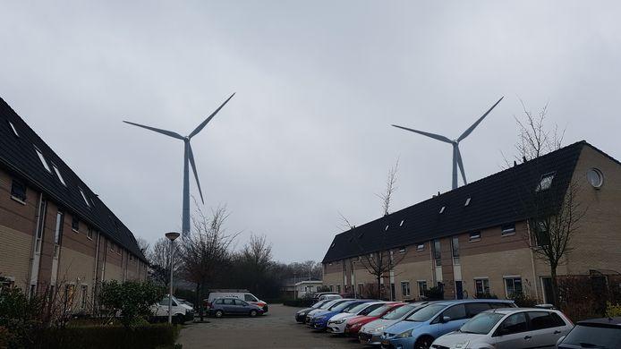 Zo zijn de windmolens te zien vanuit Colmschate. Dit is het beeld vanuit de Marie-Anne Tellegenstraat, in opdracht van de bezorgde bewoners gemaakt. Volgens de gemeente overigens een behoorlijk waarheidsgetrouw beeld.