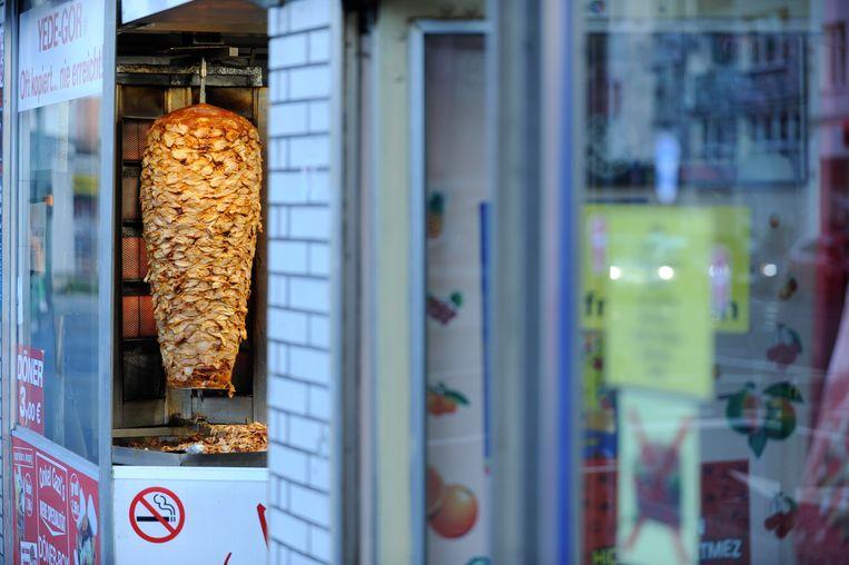 Döner kebab, 'een succesvol product van een mislukt verstandshuwelijk'. Beeld BELGAIMAGE