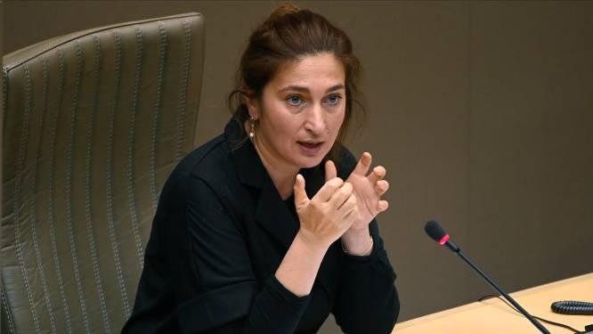 """Genkenaar (24) opgepakt voor dreigmail naar minister Demir: """"Zwijg of je wordt verkracht"""""""