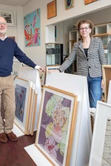 Jarige kunstuitleen in Goes lonkt naar jongeren: Wij zijn helemaal niet oubollig