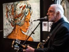 Wegdromen bij kunst en muziek in het Witte Kerkje in Slijk-Ewijk