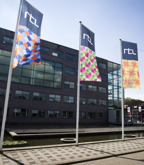 RTL hult pand in regenboogkleuren, teams Boulevard en Oranjezomer dragen speldje