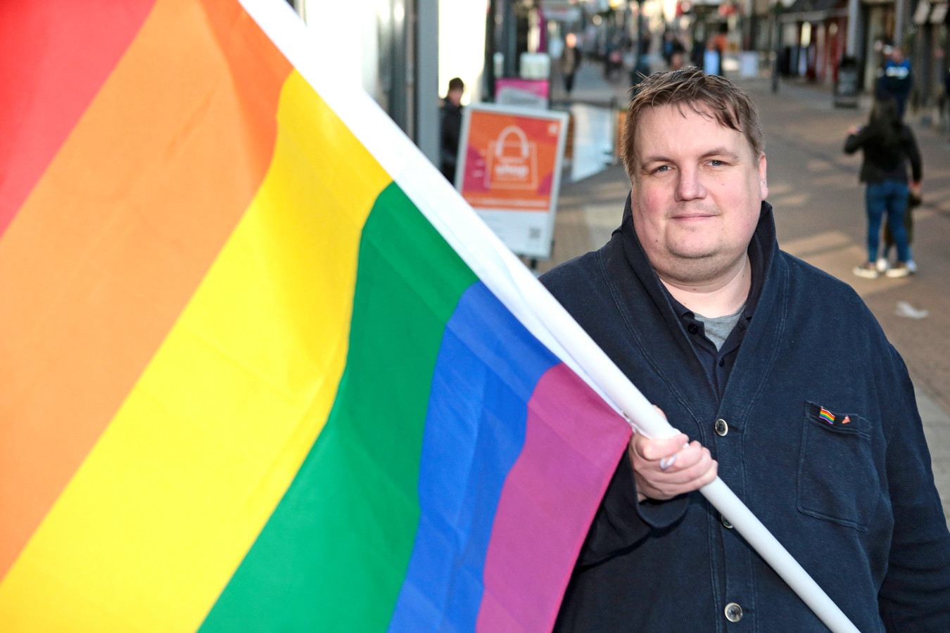 Maarten Venhovens van COC regio Gorinchem wil een plek voor leerlingen van het Gomarus waar ze terecht kunnen als ze worstelen met vragen over homoseksualiteit.