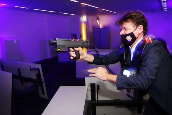Winkelend publiek wil dat het straks mogelijk wordt te lasergamen of te bowlen in lege winkelpanden in Spijkenisse.