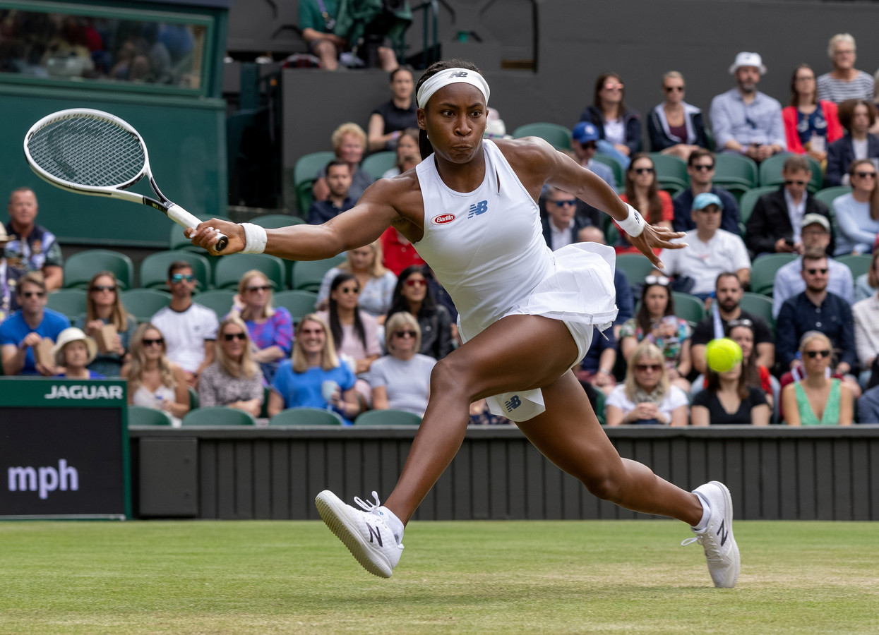 Cori 'Coco' Gauff in actie op Wimbledon.