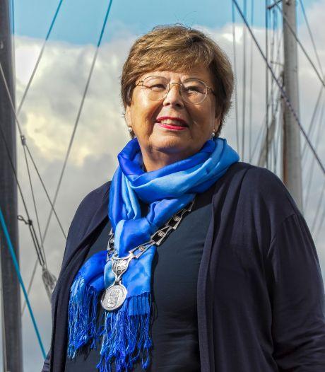 Burgemeester Marina van der Velde schaamt zich niet om te huilen bij heftige situaties: 'Volg altijd mijn hart'
