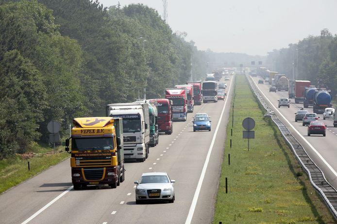 Ook de A67, tussen Geldrop en Asten, was het dinsdagochtend raak.