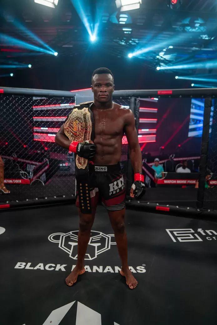 Losene Keita a récemment été sacré champion du monde de MMA.