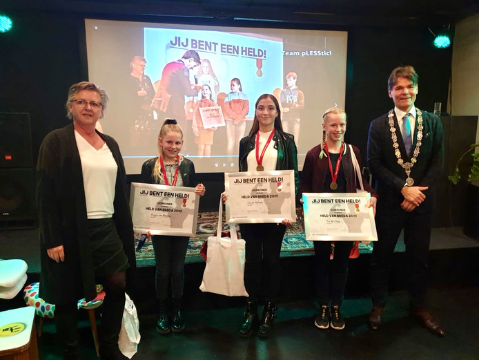 Dunya van Bergen, Guusje Hofman en Evi de Jongh zijn de nieuwe jeugdhelden van Breda.