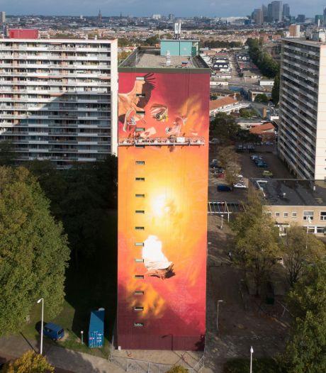 Gemist? Hoogste muurschildering van Nederland in Moerwijk en ambulances met Covid-patiënten wijken uit