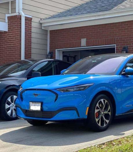 Tesla-eigenaar die elektrische Ford ook mooi vindt met de dood bedreigd