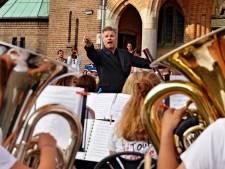 Vakantieorkest Ad Hoc speelt in Dorst