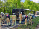 De achterzijde van de bus brandde uit.