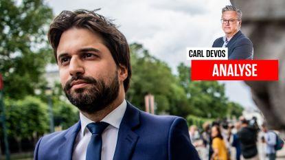 """Carl Devos: """"Zal de ultieme federale regeringspoging struikelen over pyromaan Bouchez?"""""""
