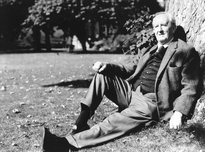 Portret van John Tolkien.
