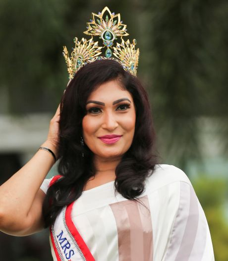 Gediskwalificeerde 'miss' alsnog gekroond tot mooiste van Sri Lanka