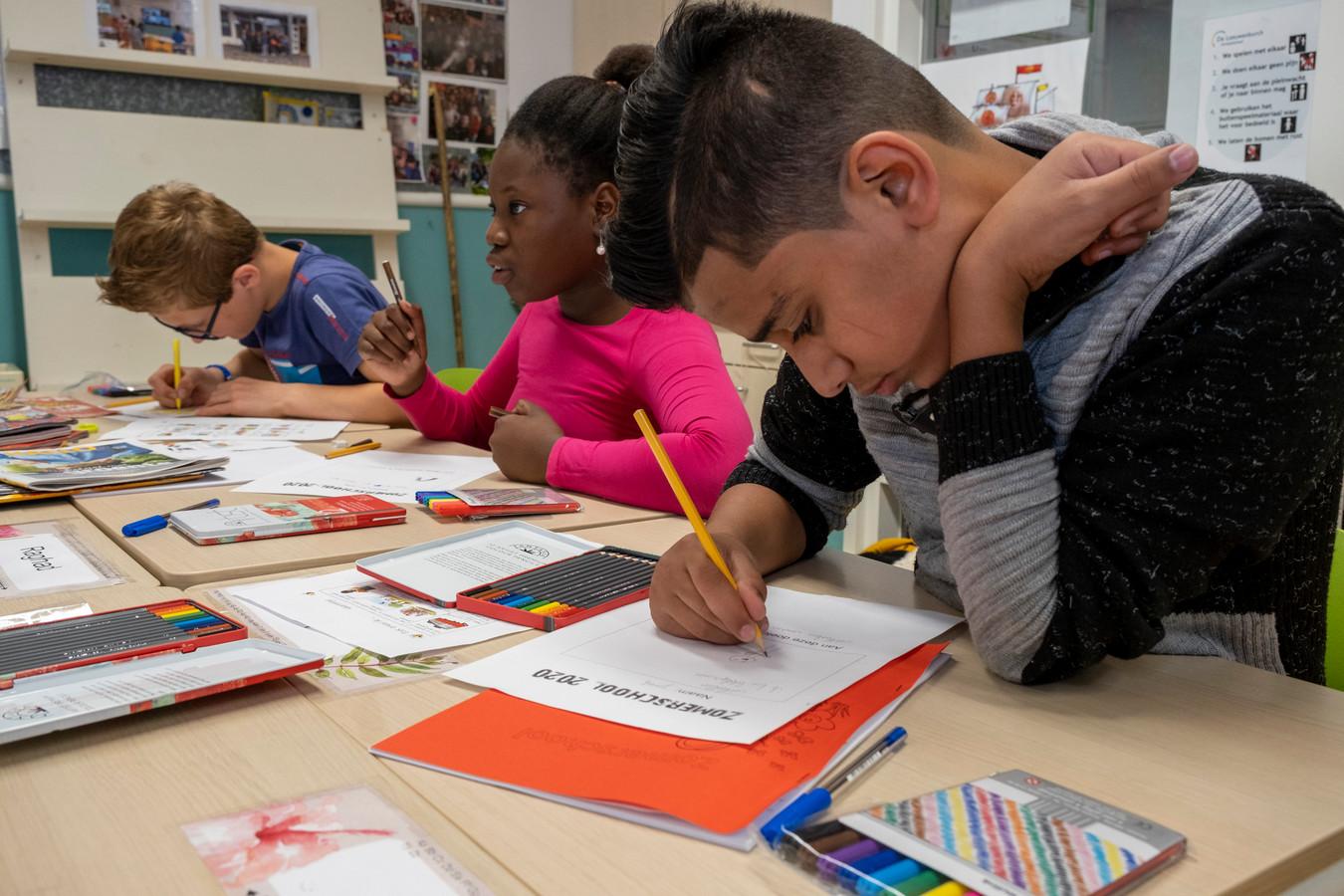 In Middelburg werd vorig jaar voor het eerst een zomerschool opgezet. Dit jaar is er weer veel belangstelling voor.