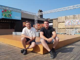 """Lorenzo en Robin van discotheek Place2Party openen straks zomerbar: """"Ondanks de lange sluiting laten we de moed niet zakken"""""""