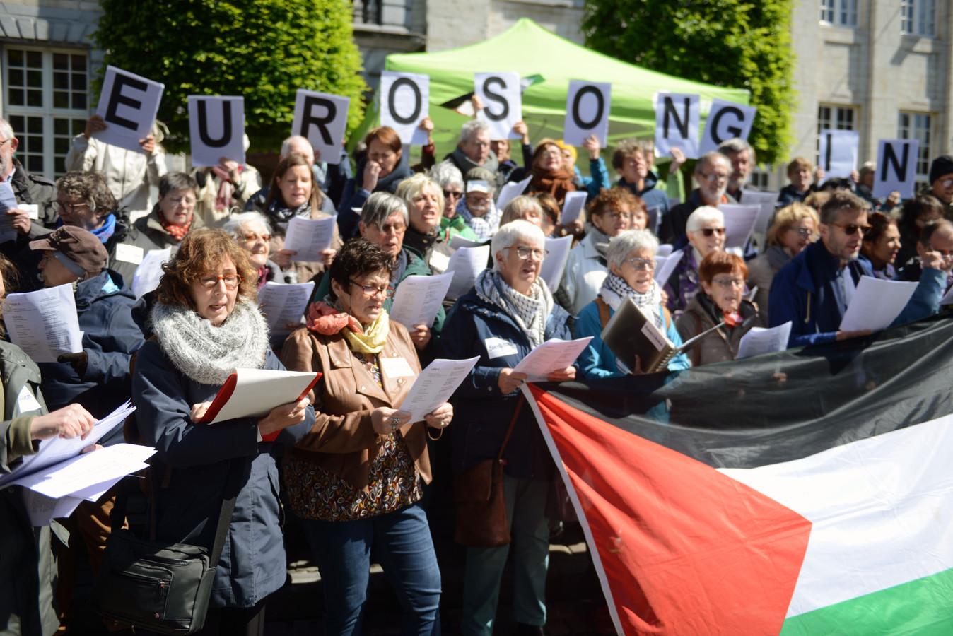 Terwijl in Israël de voorbereidingen worden getroffen voor het Eurovisiesongfestival roept de Leuvense Actiegroep Palestina (LAP) op om een eigen Eurosong te zingen voor Palestina.