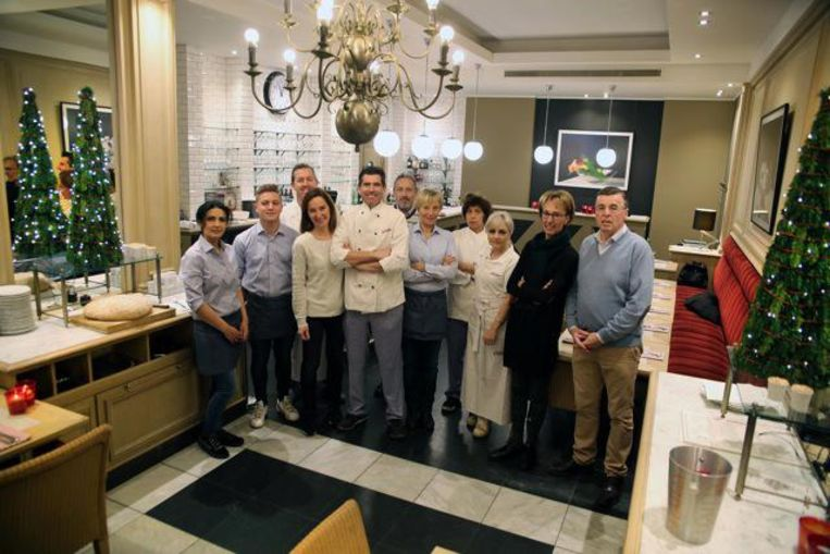 Alina, Mathieu, Tony, Els, Alain, Jean-Claude, Christine, Nadine, Armine, Lieve en Renaat in de Franse brasserie César op de Grote Markt.
