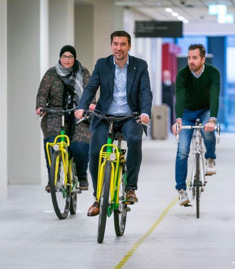 'Lekker met de wind door je hoofddoek': Den Haag wil ook Transvaal en Schilderswijk aan het fietsen krijgen
